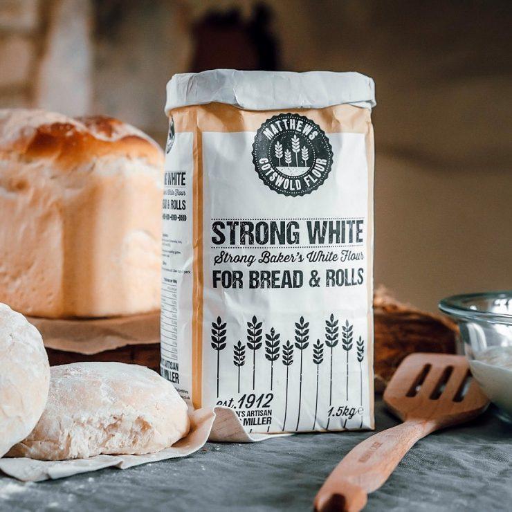 Matthews Cotswold Flour